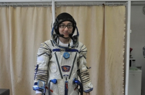 space-training-chinese-tourist-15